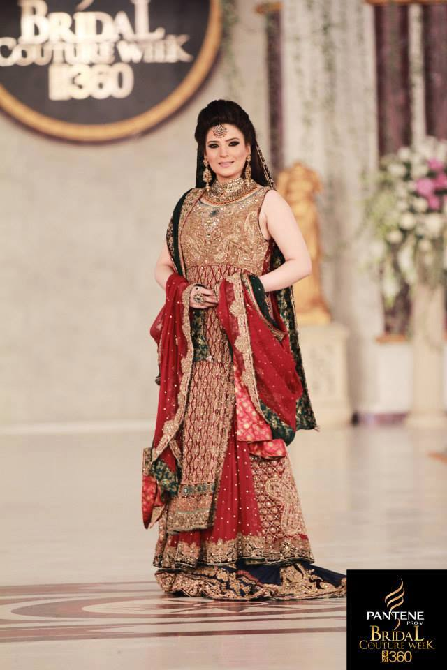 Pakistani Wedding Dresses For Females Beatifull Girls