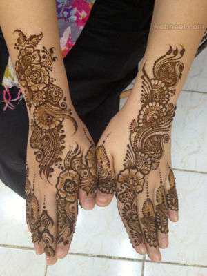Amazing Pakistani Mehndi Designs