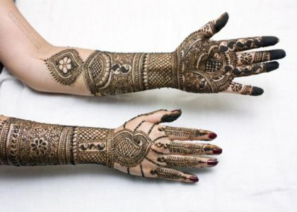 Pakistani Mehndi Designs for hand and arm