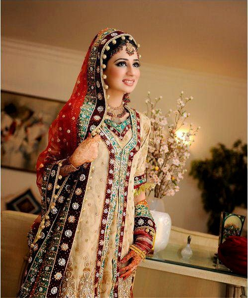 Pakistani Wedding Dresses For Females & Beatifull Girls