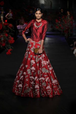 Latest designs and fashion trends for Pakistani brides