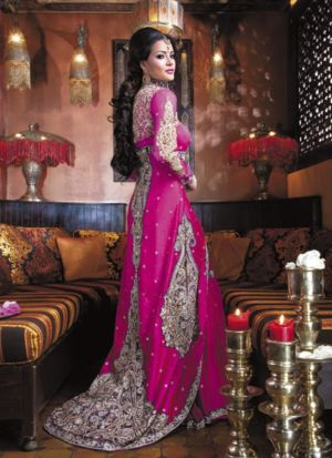 Pakistani-Bridal-Dresses-2013-7