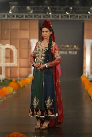 Sonya-Battla-Dresses-Collection-2013-At-PFDC-Bridal-Week-2